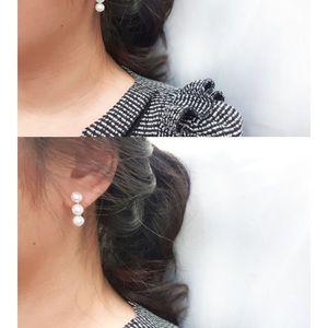 Jewelry - Faux pearl fashion earrings